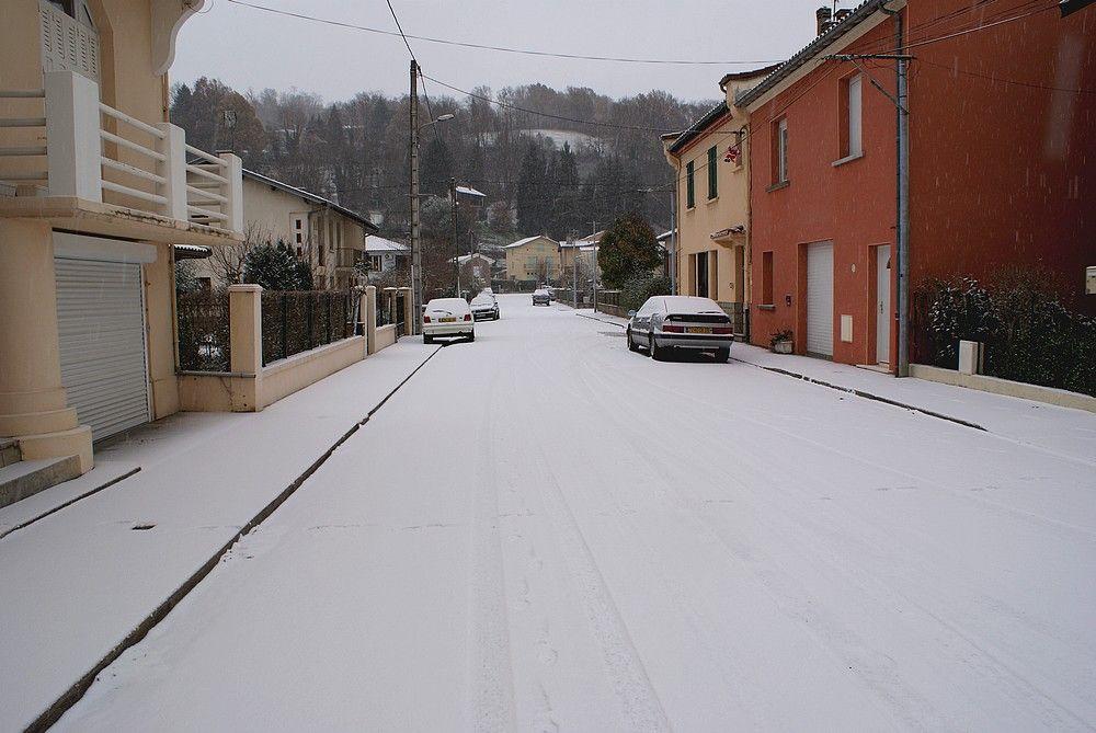 neige sur st girons et sur ma maison et ma rue