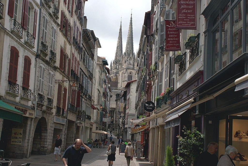 2011 pays basque bayonne - Piscine de lauga bayonne ...